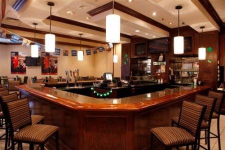 Cabaret Lounge at Holiday Inn